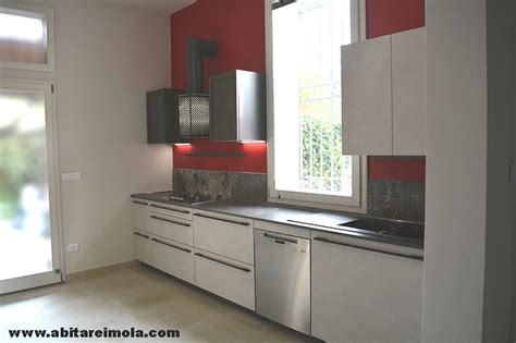 Cucina Sotto Finestra by Cucina Sotto Finestra In Mansarda Open Space Arredamenti