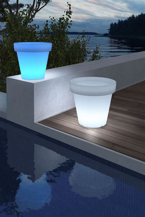 Illuminated Outdoor Planters by 1000 Images About Pools Galore I Swim On