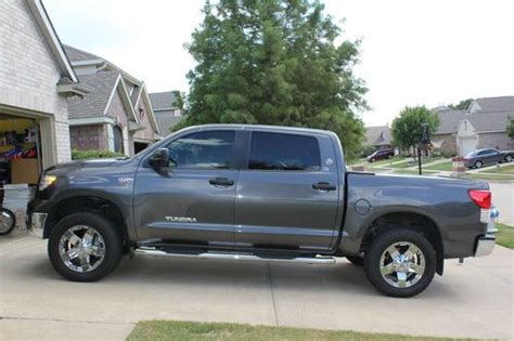 buy used 2012 toyota tundra truck crew max cab 6 speed automatic electronic w overdrive in find used 2012 toyota tundra crewmax 4x4 in denton texas united states for us 37 950 00