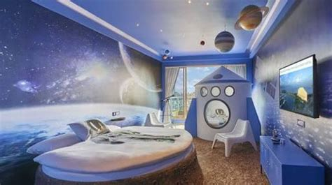theme hotel exle luxury space hotel per night cost is absolutely outrageous