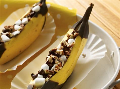 grilled bananas nuts recipe bbq grilled banana boats recipe from betty crocker