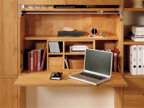 fold away study desk le bureau escamotable d 233 cisions pour les petits espaces