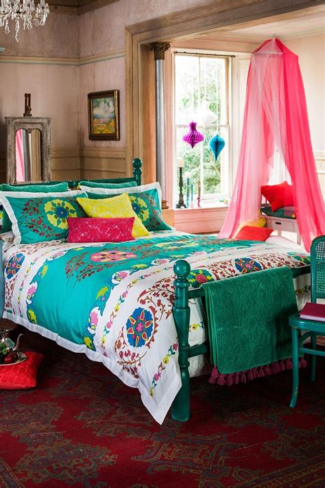 bright coloured bedrooms best 20 bright colored bedrooms ideas on pinterest bright colored rooms bright