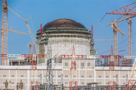 emirates nuclear energy corporation enec achieves key construction milestones