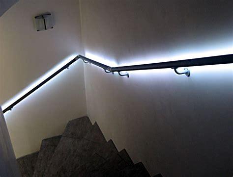 handlauf innen flexo handlauf flexo handl 228 ufe mit beleuchtung innen