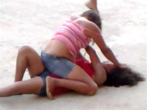 imagenes mujeres peleando mujeres pelean por un hombre youtube