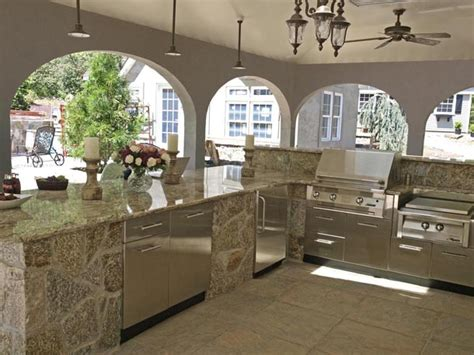 Stainless Steel Cabinets Outdoor Kitchen by Pros And Cons Of Different Outdoor Kitchen Cabinets