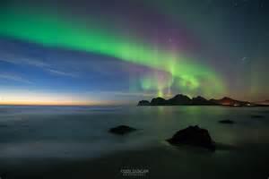 lights northern beaches northern lights fill sky storsandnes friday