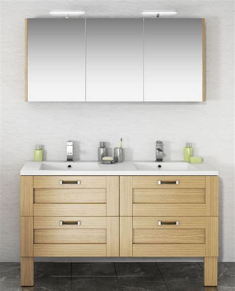 ensemble salle de bain cosy avec meuble sur pieds en  tiroirs