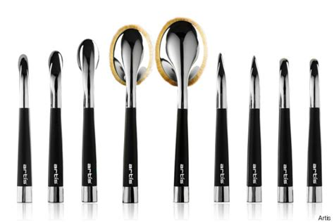Kuas Artist Brush By Malikah Shop save money and with these futuristic makeup brushes