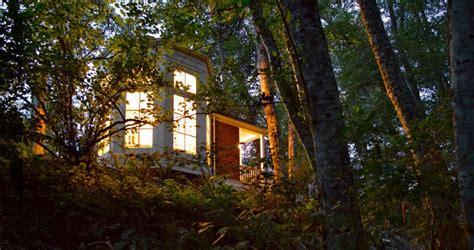cing pavillon king pavilion encantador pabell 211 n de madera en el bosque