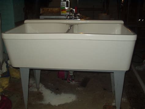 41 Porcelain Laundry Sink, How To Choose A Laundry Or