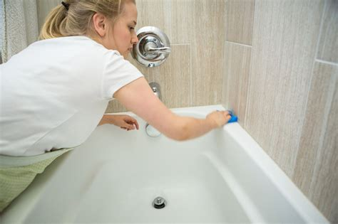 how to wash bathtub how to clean a refinished bathtub