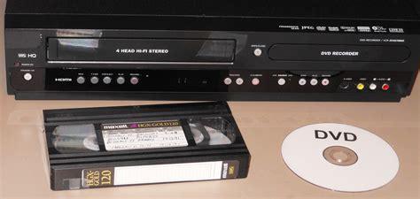 cassette vhs in dvd le magn 233 toscope c est fini que faire de ses vieilles