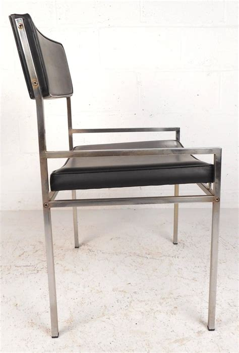 set of four chrome and vinyl dining chairs at 1stdibs set of mid century modern chrome and vinyl dining chairs