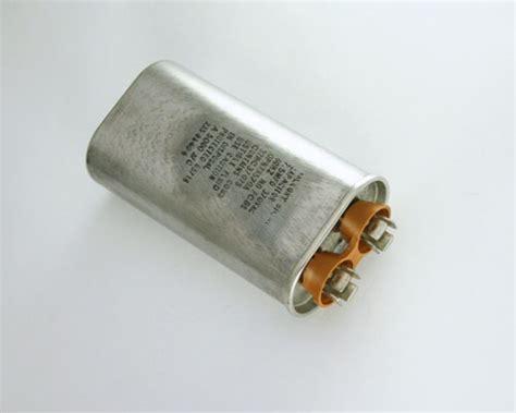capacitor mallory 32nc37075 mallory capacitor 7 5uf 370v application motor run 2020005726