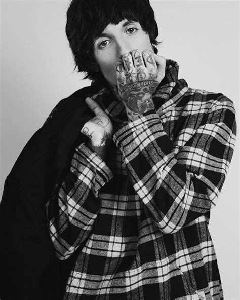 Olis Sweater 819 best images about oliver sykes on