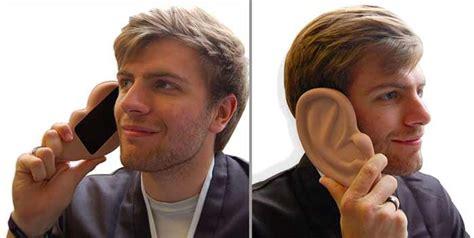 Ear Bra Bra Bentuk Kuping 1 aksesoris smartphone yang paling nyeleneh dan unik