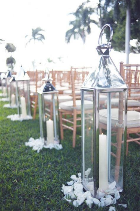 Wedding Aisle Lantern Ideas by 20 Decorations To Highlight Your Walk The Aisle