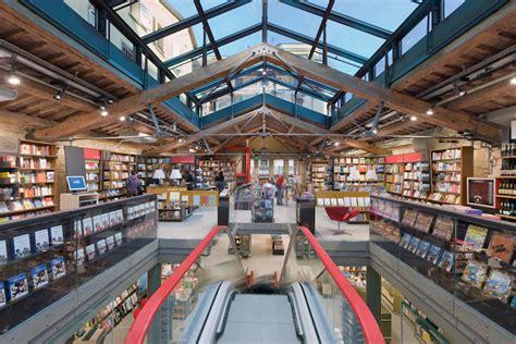 libreria ambasciatori bologna cremonini presenta il suo nuovo libro all ambasciatori