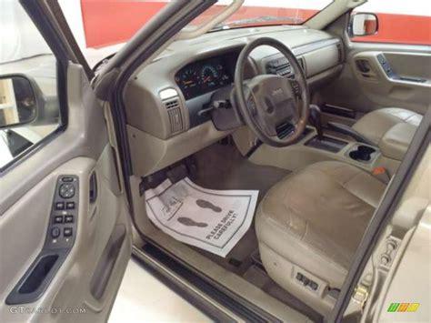 2004 Jeep Grand Interior 2004 jeep grand laredo interior photo 38343905 gtcarlot