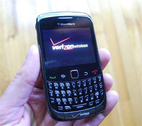 blackberry 9300 9330 3g curve themes verizon blackberry curve 3g review crackberry com
