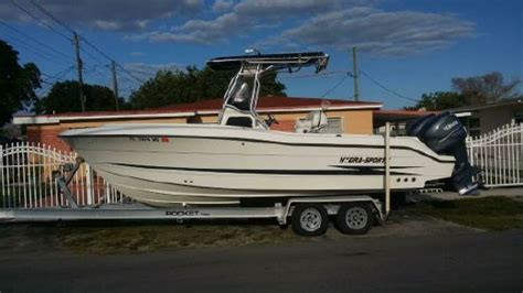 hydra sport boats quality hydra sports 2390 cc vector boats for sale yachtworld