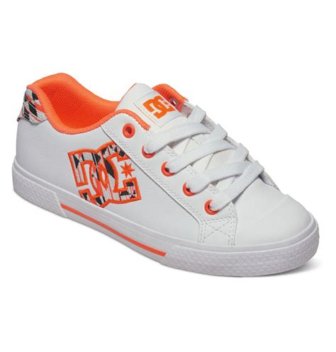 dc shoes for chelsea le low top trainers 302863 dc shoes