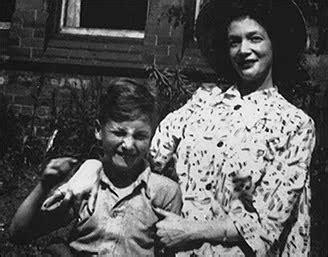 la salamandra: julia stanley: la madre de john lennon