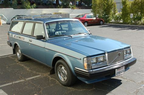 volvo  wagon gl classic volvo    sale