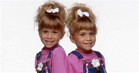 olsen twins full house fuller house cast understands olsens decision not to revisit show they starred in