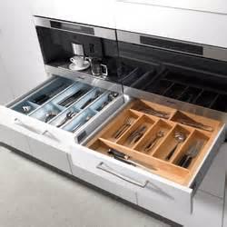 am 233 nagement tiroir de cuisine table de cuisine
