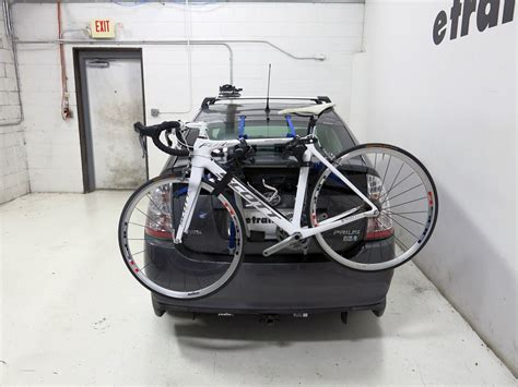 Thule Bike Rack For Prius by 2007 Toyota Prius Thule Gateway Xt 2 Bike Rack Trunk