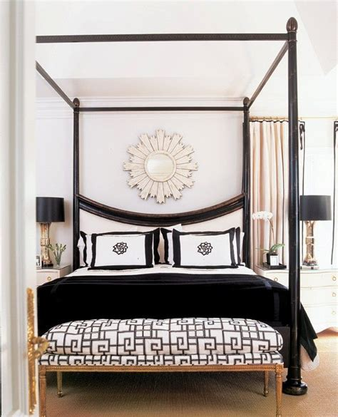 Chanel Bedroom by 25 Best Ideas About Chanel Inspired Room On Bedroom Makeup Vanity Corner Vanity