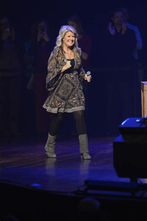 Jeannie Apartments Nashville Tn Natalie Grant Pictures 5th Annual Opry Goes Pink Show