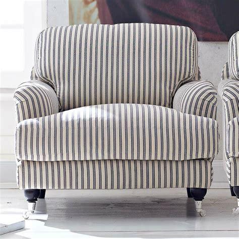 big comfy armchairs la decopelemele le si 233 ge aujourd hui le fauteuil
