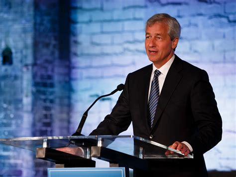 who owns jpmorgan bank jpmorgan ceo dimon is betting on kentucky fried