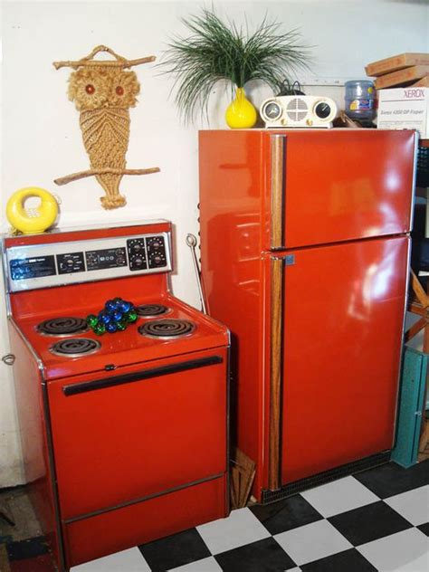 red appliances for kitchen red kitchen appliances appliances and poppy red on pinterest