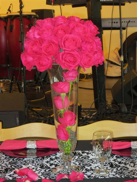 25  best ideas about Hot pink centerpieces on Pinterest