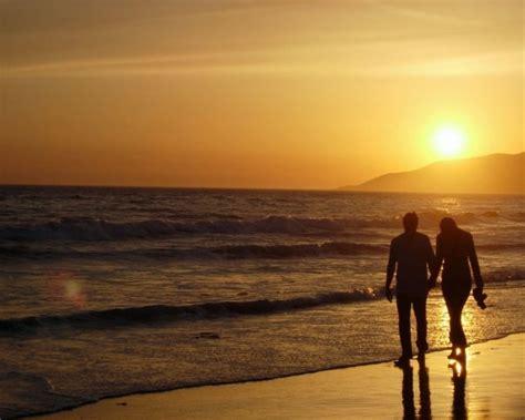 wallpaper foto romantis sunset  indah