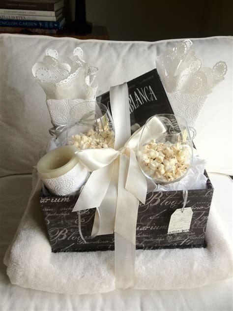 Movie night wedding shower gift. I'd love if someone gave