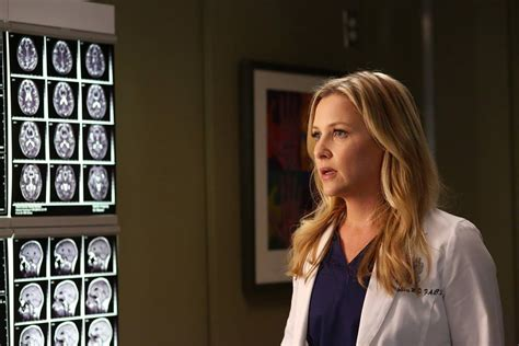 grey s anatomy actress killed grey s anatomy season 12 details will callie and