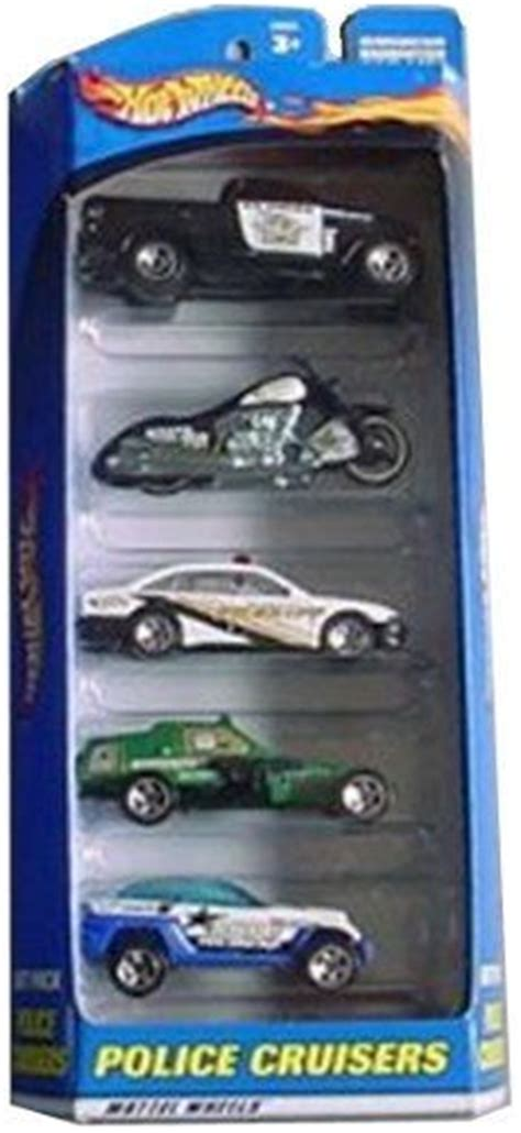 Wheels Assorted Die Cast 1 64 Set 2 wheels cruisers 5 car gift pack contains 5 1