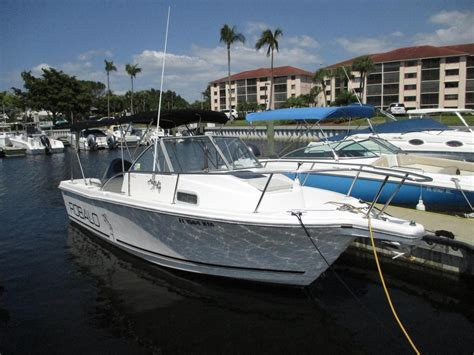 Cuddy Cabin Boat For Sale 1996 used robalo walk around cuddy cabin sports fishing