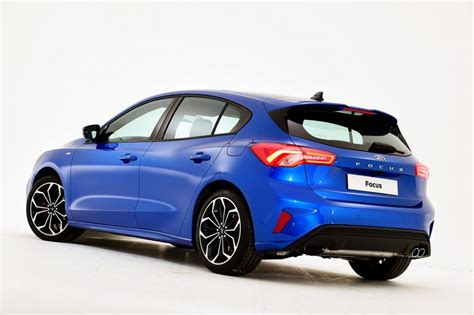 ford focus new model 2018 new 2018 ford focus revealed pictures auto express