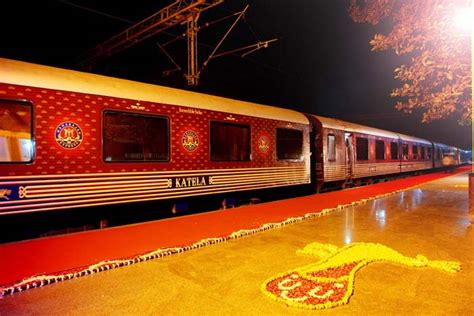 maharajas express bags world s leading luxury train award maharajas express world s leading luxury train trip