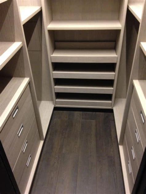 cabine armadio su misura cabina armadio su misura con scaffalature idfdesign