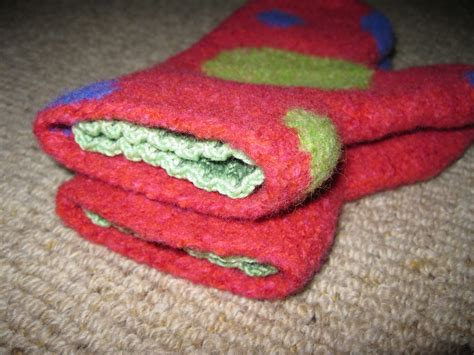 felted mittens knitting pattern 301 moved permanently