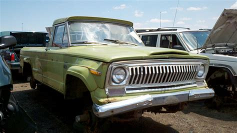 jeep gladiator 1975 junkyard find 1975 jeep j10 pickup the truth about cars