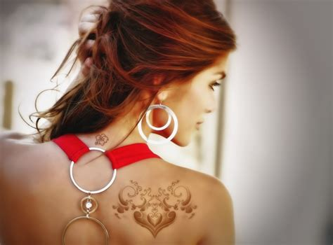 sexy tattoos for women 20 back tattoos for